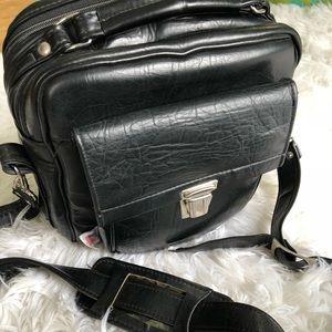 Handbags - Vintage Leather Camera Bag